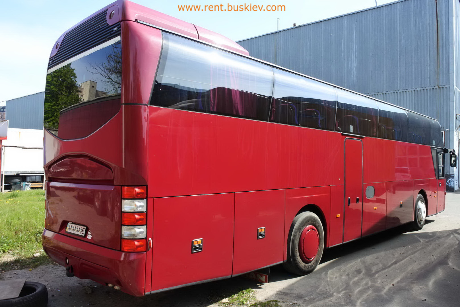 2003_neoplan116_red_4